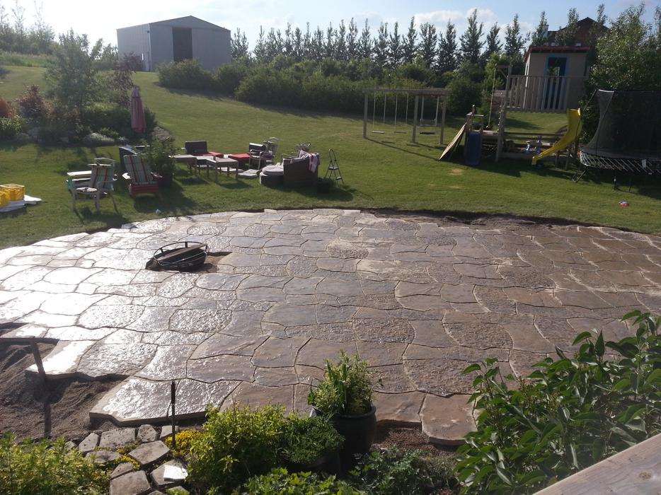 Jwd stone works landscaping south regina regina for Landscaping rocks kelowna