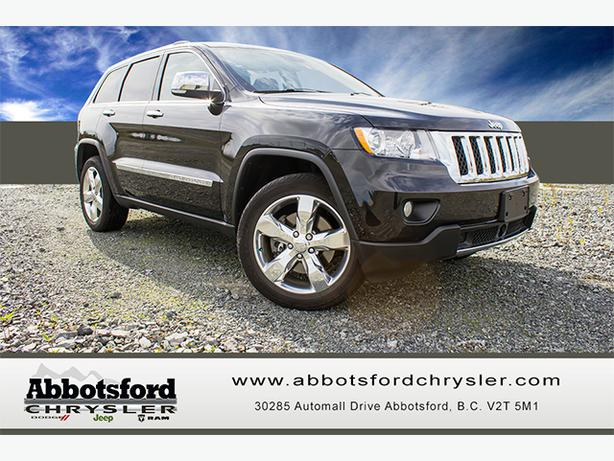 2012 jeep grand cherokee overland w panoramic sun roof tow package outside okanagan. Black Bedroom Furniture Sets. Home Design Ideas
