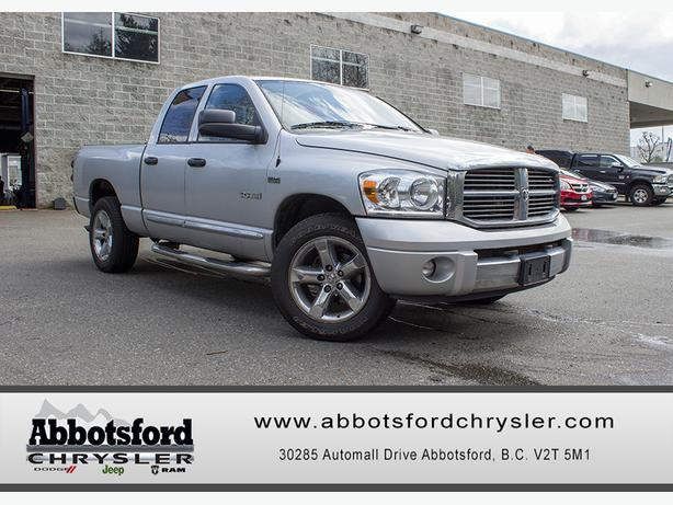 2008 dodge ram 1500 laramie w tonneau cover tow package outside okanagan okanagan mobile. Black Bedroom Furniture Sets. Home Design Ideas