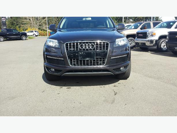 used 2010 audi q7 s line quattro for sale in parksville outside comox valley courtenay comox. Black Bedroom Furniture Sets. Home Design Ideas