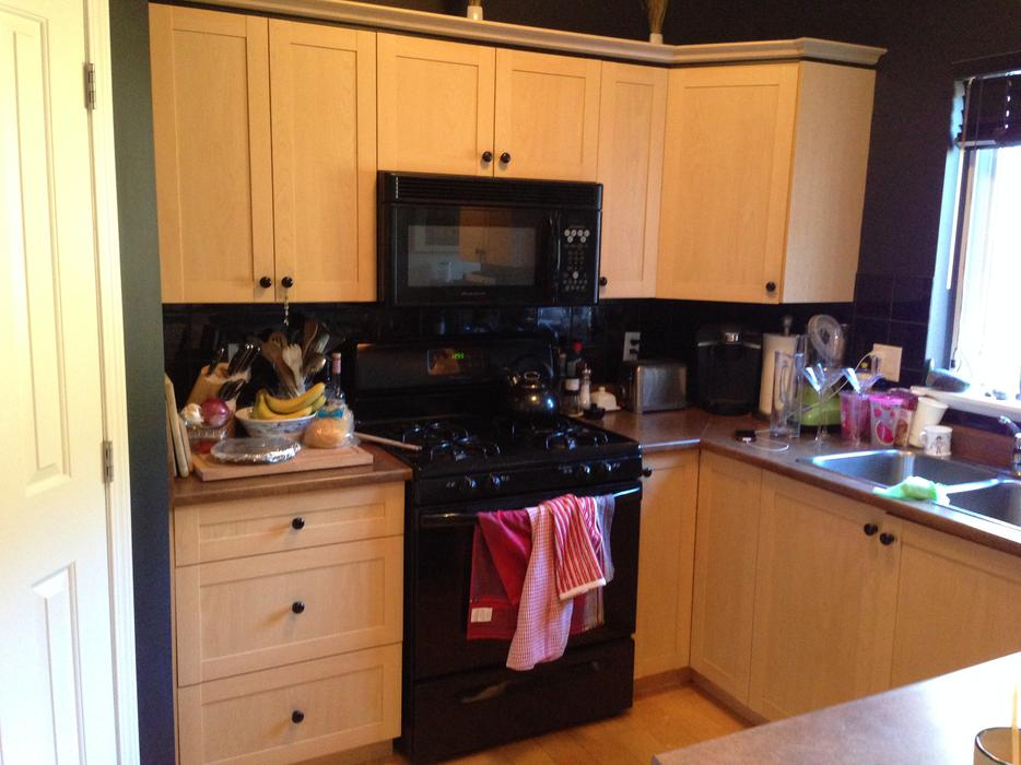 Kitchen cabinets esquimalt view royal victoria for Kitchen cabinets kamloops