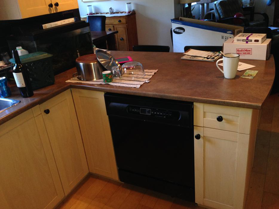 used kitchen cabinets kelowna kitchen cabinets esquimalt amp view royal 6714
