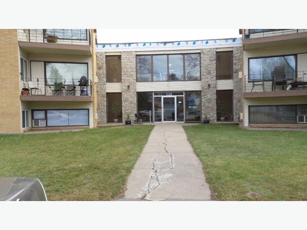 2 bedroom apartment rental near university and siast south