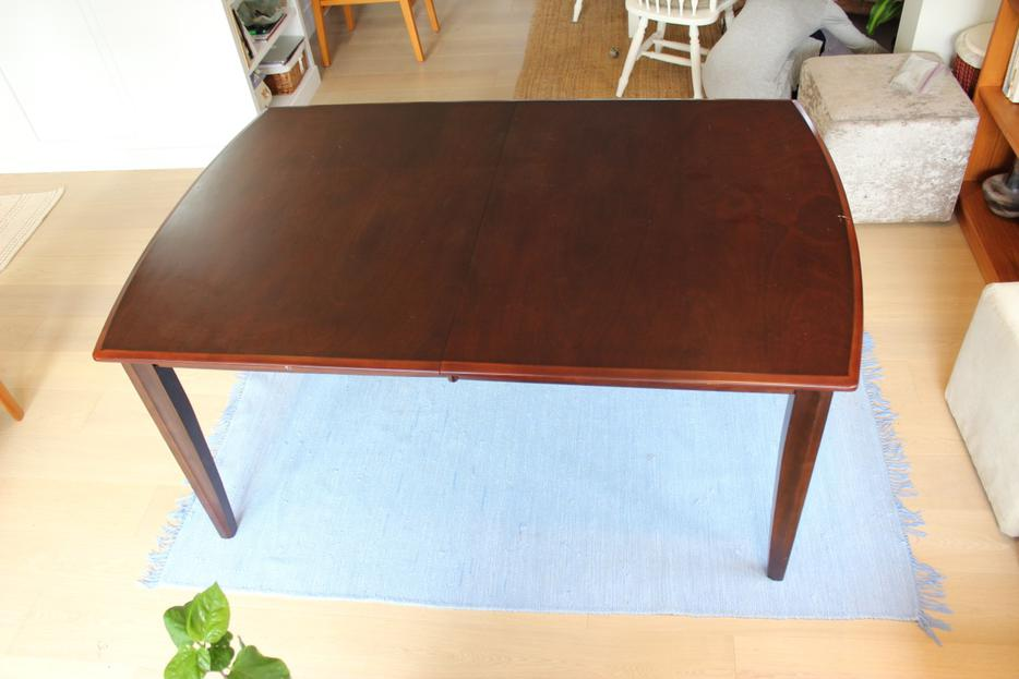 Extending Dining Table Seats up to 8 Oak Bay Victoria  : 45964615934 from www.usedvictoria.com size 934 x 623 jpeg 51kB