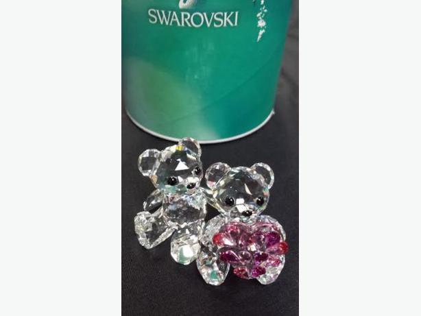BRAND NEW SWAROVSKI SWEETHEART