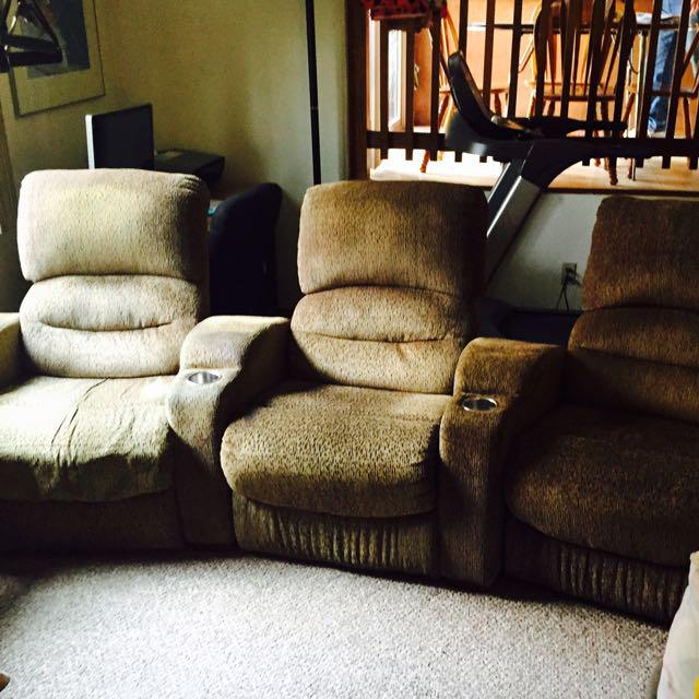 Free Thratre Reclining Sofa Saanich Victoria Mobile