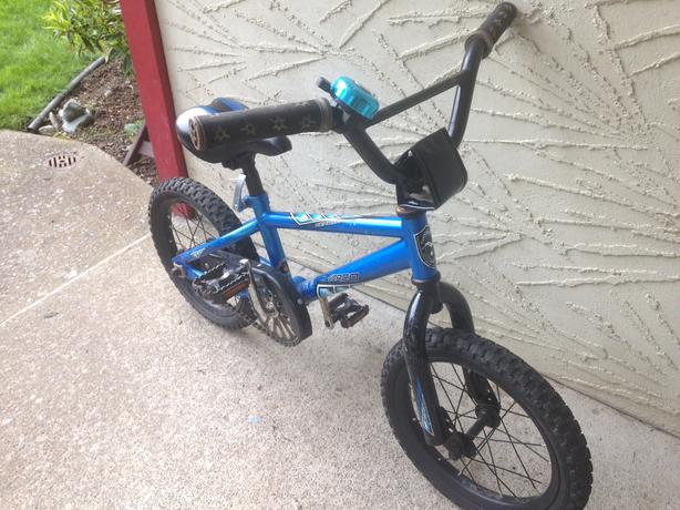 Blue Norco Menace 14 34 Kids Bike Saanich Victoria