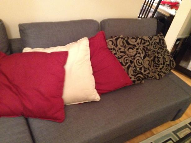 Decorative Pillows Victoria Bc : Throw Pillows $5 each Victoria City, Victoria - MOBILE