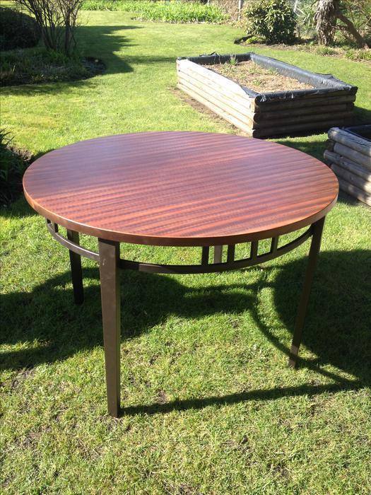 Round dining table Victoria City Victoria : 45989953934 from www.usedvictoria.com size 525 x 700 jpeg 104kB