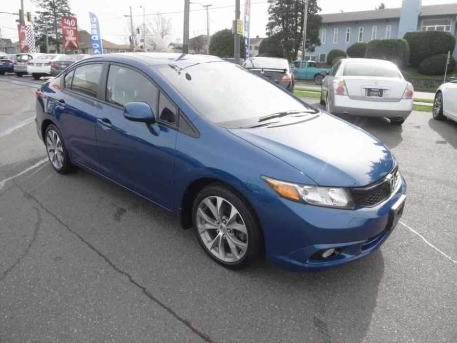 2012 honda civic outside nanaimo nanaimo mobile. Black Bedroom Furniture Sets. Home Design Ideas