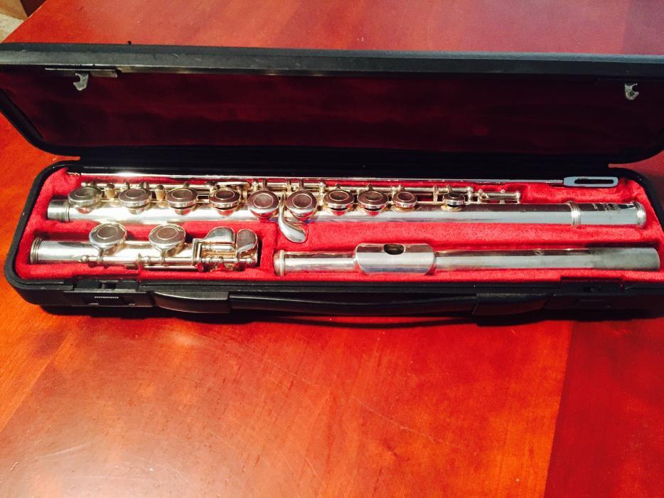 Used Yamaha Flute