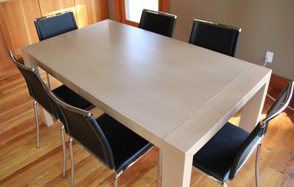 Dining Room Set Wood Table and 8 Leather Chairs  : 46007971934 from www.usedcourtenaycomox.com size 934 x 595 jpeg 57kB