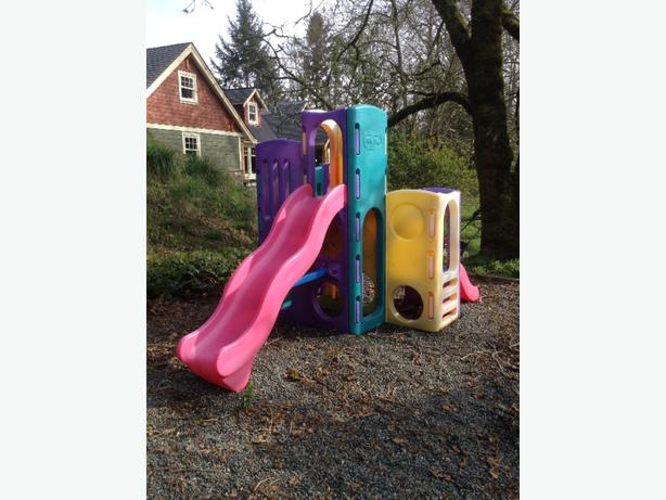 Little Tikes Playground And Wooden Swingset With Slide And