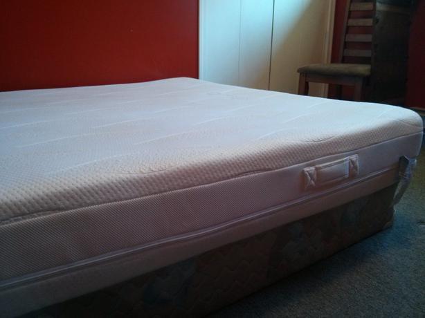 dormeo octaspring memory foam mattress qn extra firm courtenay campbell river. Black Bedroom Furniture Sets. Home Design Ideas