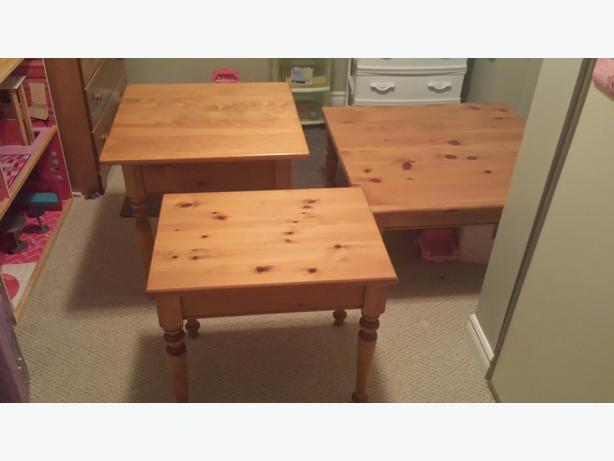 Coffee table and 2 end tables nepean ottawa mobile for Coffee tables ottawa