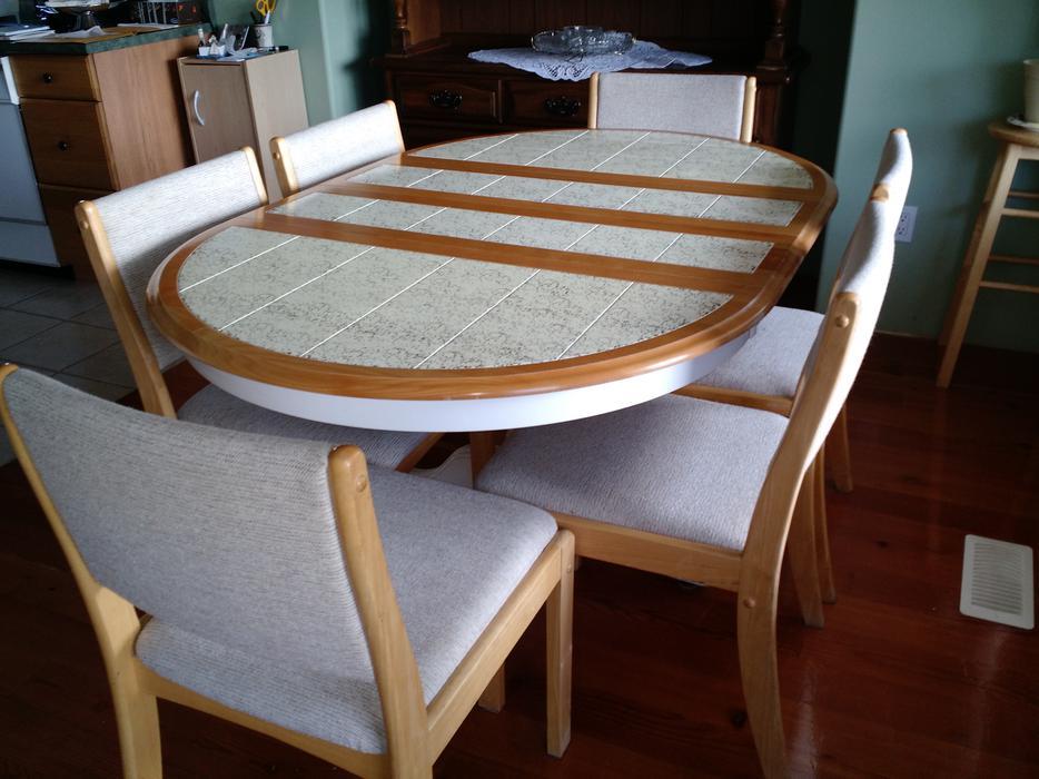 Kitchen Table And 6 Chairs Cedar Parksville Qualicum Beach