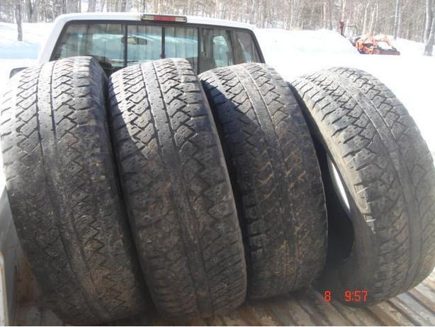 Set of 4 -265-65-18 Bridgestone Dueller