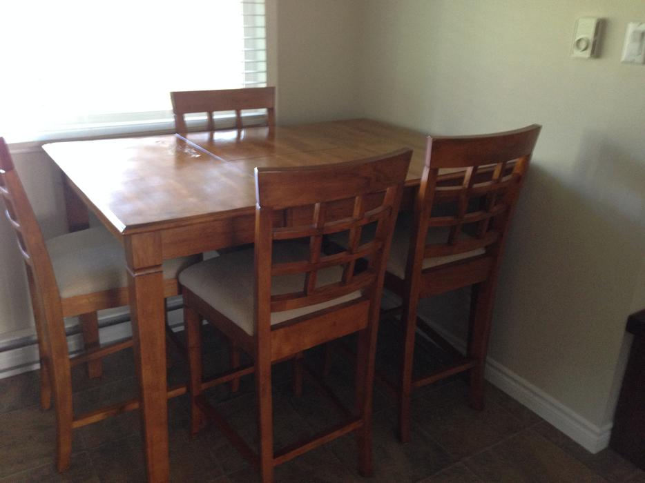 PUB STYLE DINING TABLE AND 6 CHAIRS Central Nanaimo  : 46044369934 from www.usednanaimo.com size 934 x 700 jpeg 49kB