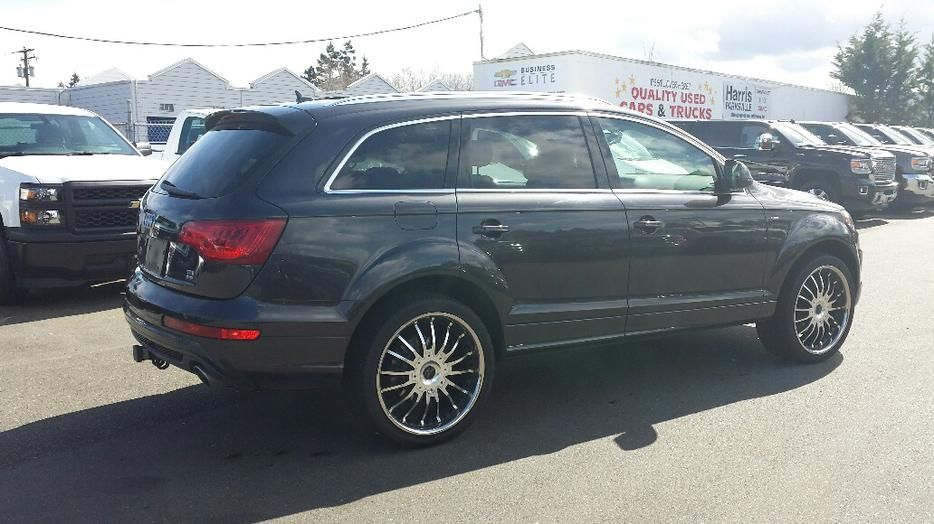 used 2010 audi q7 s line quattro for sale in parksville. Black Bedroom Furniture Sets. Home Design Ideas