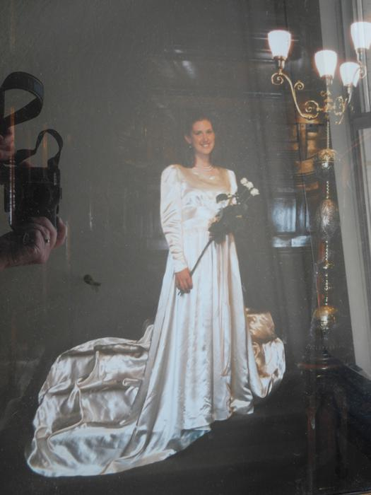 Vintage Wedding Dresses Peterborough : Vintage ivory satin wedding dress with long train victoria