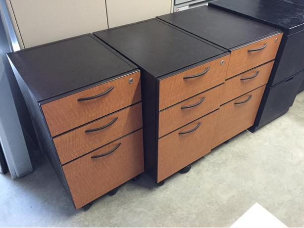 Pedestals (Small File Cabinets, File Drawers)