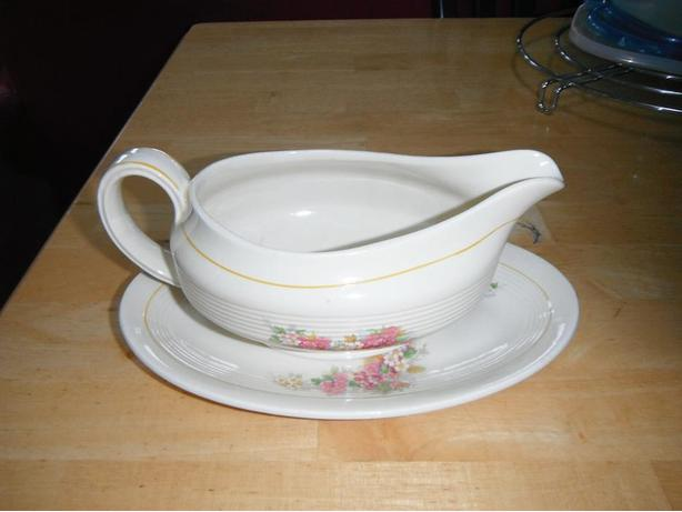 Wood's Ivory Ware gravy boat & plate-Duncan