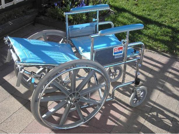 "HEAVY DUTY Invacare Rolls Recline ""Tilt-Back"" Wheelchair For Sale"
