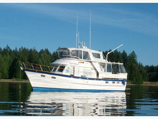 REDUCED !!! 44 DEFEVER Solid and Seaworthy READY to GO