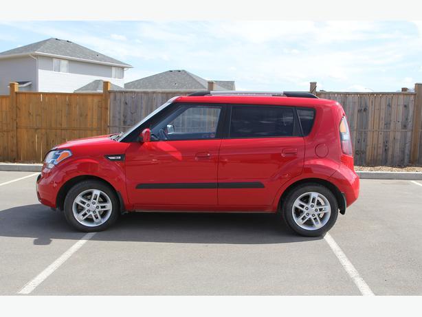 2010 kia soul 2u low km extended warranty saskatoon saskatoon. Black Bedroom Furniture Sets. Home Design Ideas