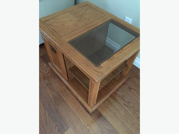 Oak Coffee And Side Tables Qualicum Nanaimo Mobile