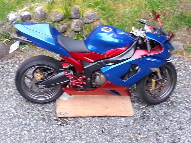 2005 kawasaki ninja 636r south nanaimo nanaimo mobile for 636 north terrace mount vernon