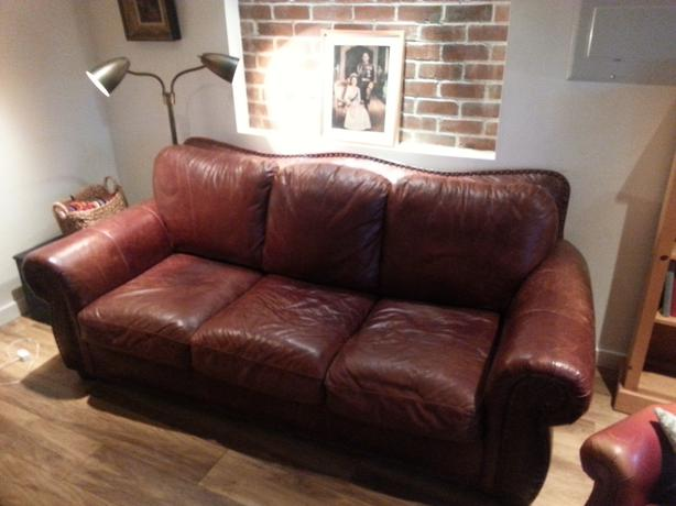 Lazy Boy Brown Leather Sofa With Brass Tacks Victoria City