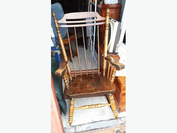 Wooden Rocking Chair Thick Arms Central Nanaimo Nanaimo