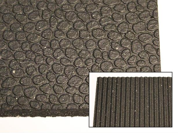 "NEW! 4' x 6' x 1/2"" Rubber Mats for Horses, Gyms and More!"