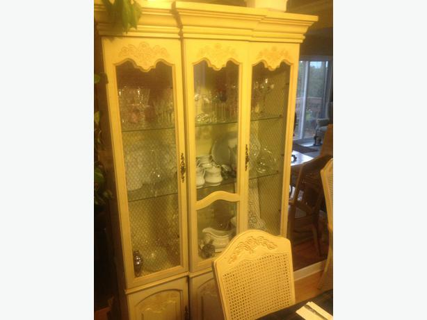 dining room set table 6 chairs and china cabinet central ottawa
