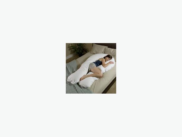 The Total Body Support Pillow North Regina Regina : 46165137614 from www.usedregina.com size 614 x 461 jpeg 10kB