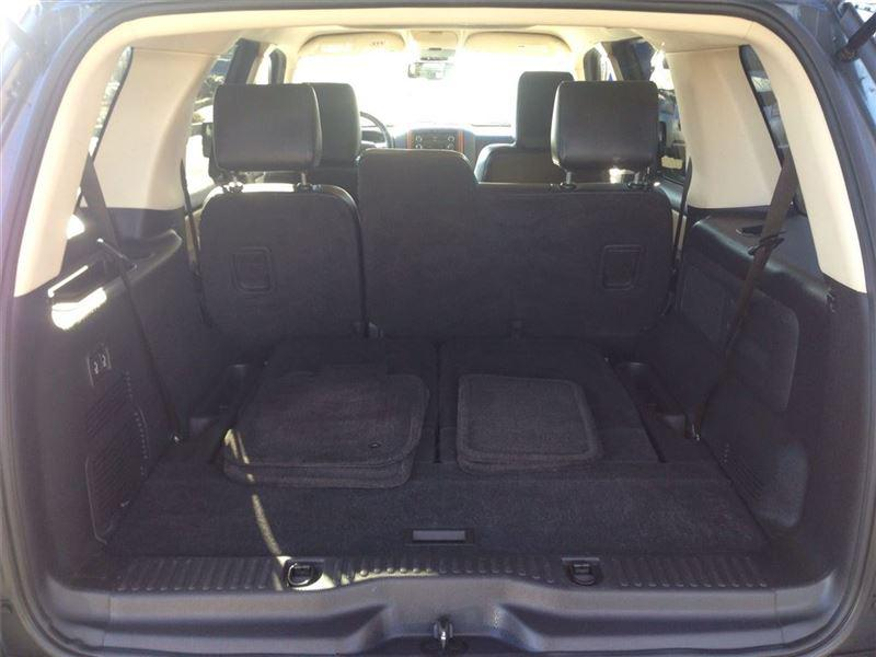2010 ford explorer eddie bauer 4x4 outside nanaimo nanaimo mobile. Black Bedroom Furniture Sets. Home Design Ideas