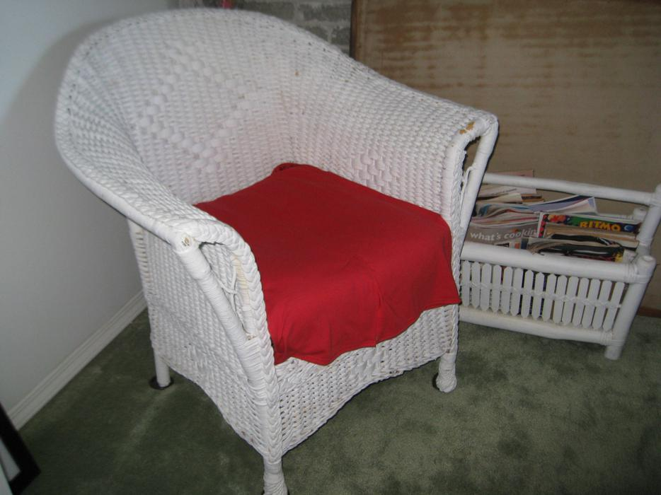 White Wicker Bedroom Furniture North Nanaimo Parksville Qualicum Beach Mobile