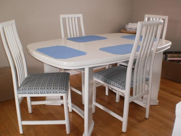 Dining room table sault ste marie sault ste marie for Dining room table 40 x 60