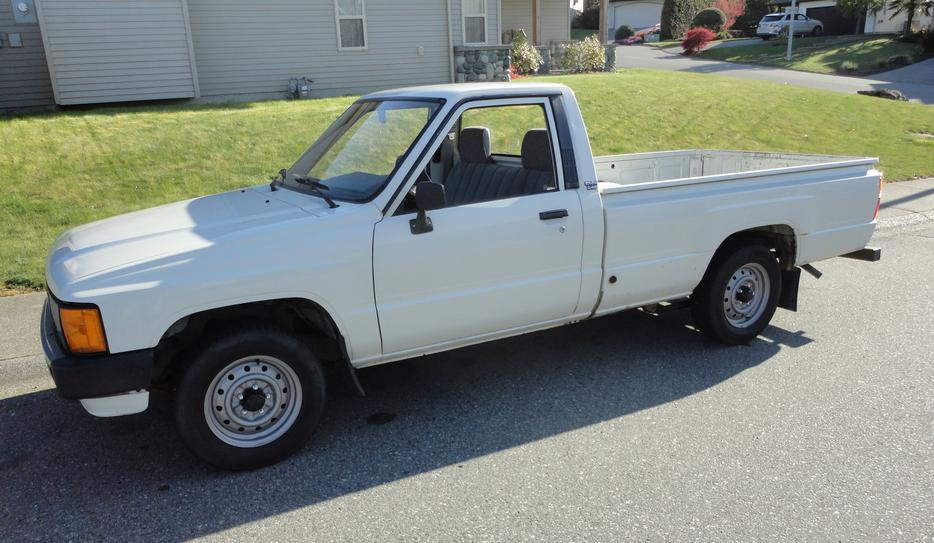 Extremely Rare 1986 Toyota 2 4 Liter Diesel 2wd Long Box Pickup Low Miles Outside Victoria Victoria