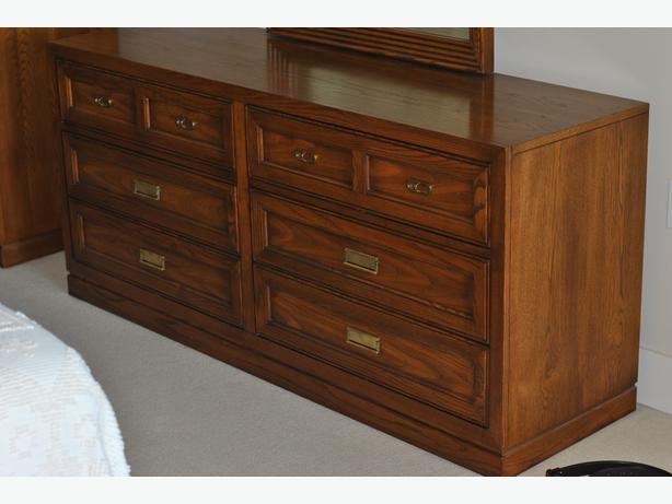 made in canada solid wood bedroom furniture set in great condition west shore langford. Black Bedroom Furniture Sets. Home Design Ideas