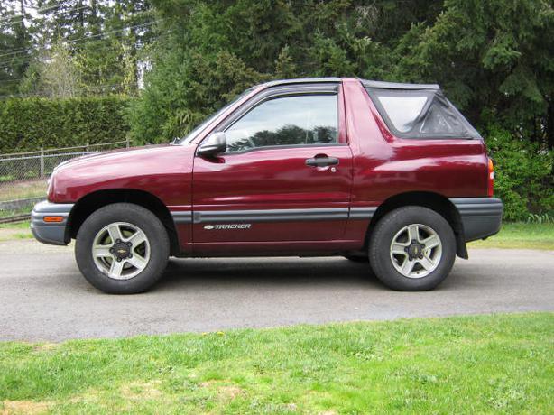2002 Chevrolet Tracker 4x4 Outside Victoria  Victoria