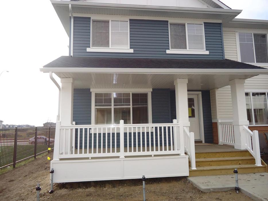 3 bedroom town house with new finished basement suites for 3 bedroom with finished basement
