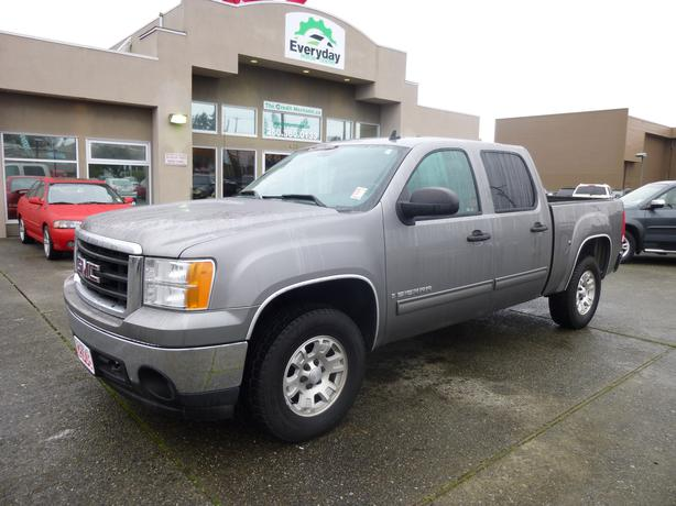 2008 gmc sierra 1500 sle crew cab 4x4 outside comox valley campbell river. Black Bedroom Furniture Sets. Home Design Ideas