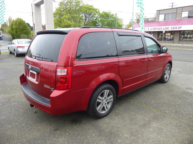 2010 dodge grand caravan stow n go outside nanaimo parksville qualicum beach mobile. Black Bedroom Furniture Sets. Home Design Ideas