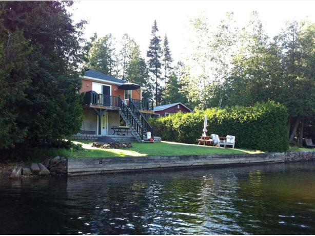 Four seasons waterfront cottage - Ripon QC - Chalet 4 saisons