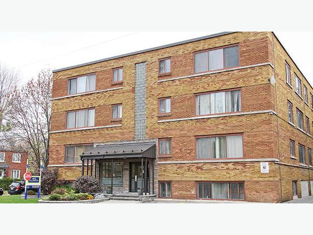 1 Bedroom Apartment Available Immediately Central Ottawa Inside Greenbelt Ottawa