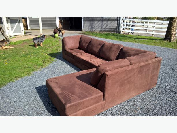 Micro suede couch for sale langley vancouver mobile for Suede couches for sale