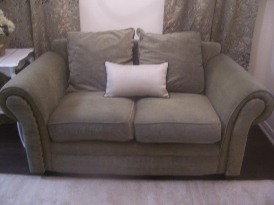Stylish very comfy green microfiber sofa for sale for Comfy couches for sale