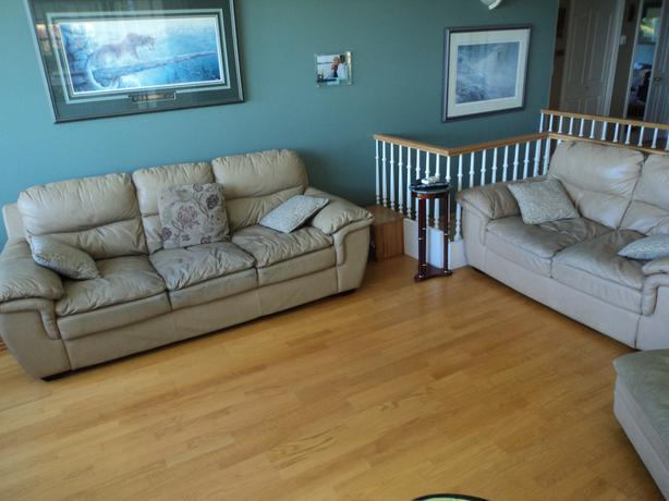 Free Well Loved Leather Furniture North Nanaimo Nanaimo
